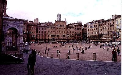 Campo in Siena 400 jpg